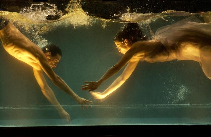 """Dido & Aeneas"" von Sasha Waltz, 2005. Pressebild: ZKM Karlsruhe/Courtesy Sebastian Bolesch."
